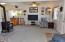 943 SW Waziyata Ave, Waldport, OR 97394 - Entry & Living Area