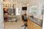 943 SW Waziyata Ave, Waldport, OR 97394 - Quilting/Bonus Room