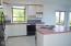 1437 NW Oceanview Dr, Newport, OR 97365 - Kitchen