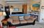 5727 Hwy 101 N, Yachats, OR 97498 - Sand Dollar Living Area & Kitchen Bar
