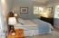 5727 Hwy 101 N, Yachats, OR 97498 - Bed Room Sand Dollar