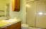 806 NE Douglas St, Newport, OR 97365 - Bath 1