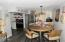 3310 NW Jetty Ave, 1, Lincoln City, OR 97367 - Dining area