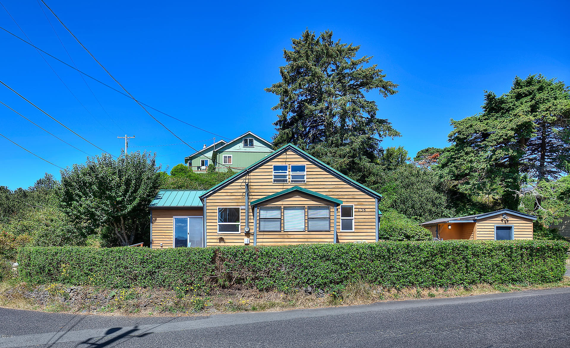 1138 Sw 12th Street, Newport, OR 97365 - Vintage Cottage