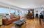 1124 SW Mark Street, Newport, OR 97365 - Living room-
