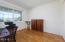 1124 SW Mark Street, Newport, OR 97365 - Main level bedroom