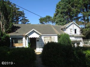 831 SW Galley Ave, Lincoln City, OR 97367 - SW Fixer Upper
