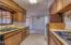 212 NE 10th St, Newport, OR 97365 - Kitchen