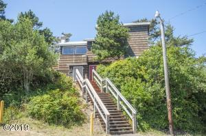 1206 NW 6th Dr, Lincoln City, OR 97367 - Exterior - View 1 (1280x850)