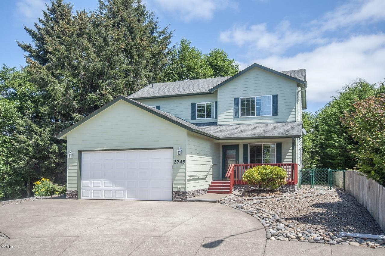 2745 NE 49th Ct., Lincoln City, OR 97367 - Curbside