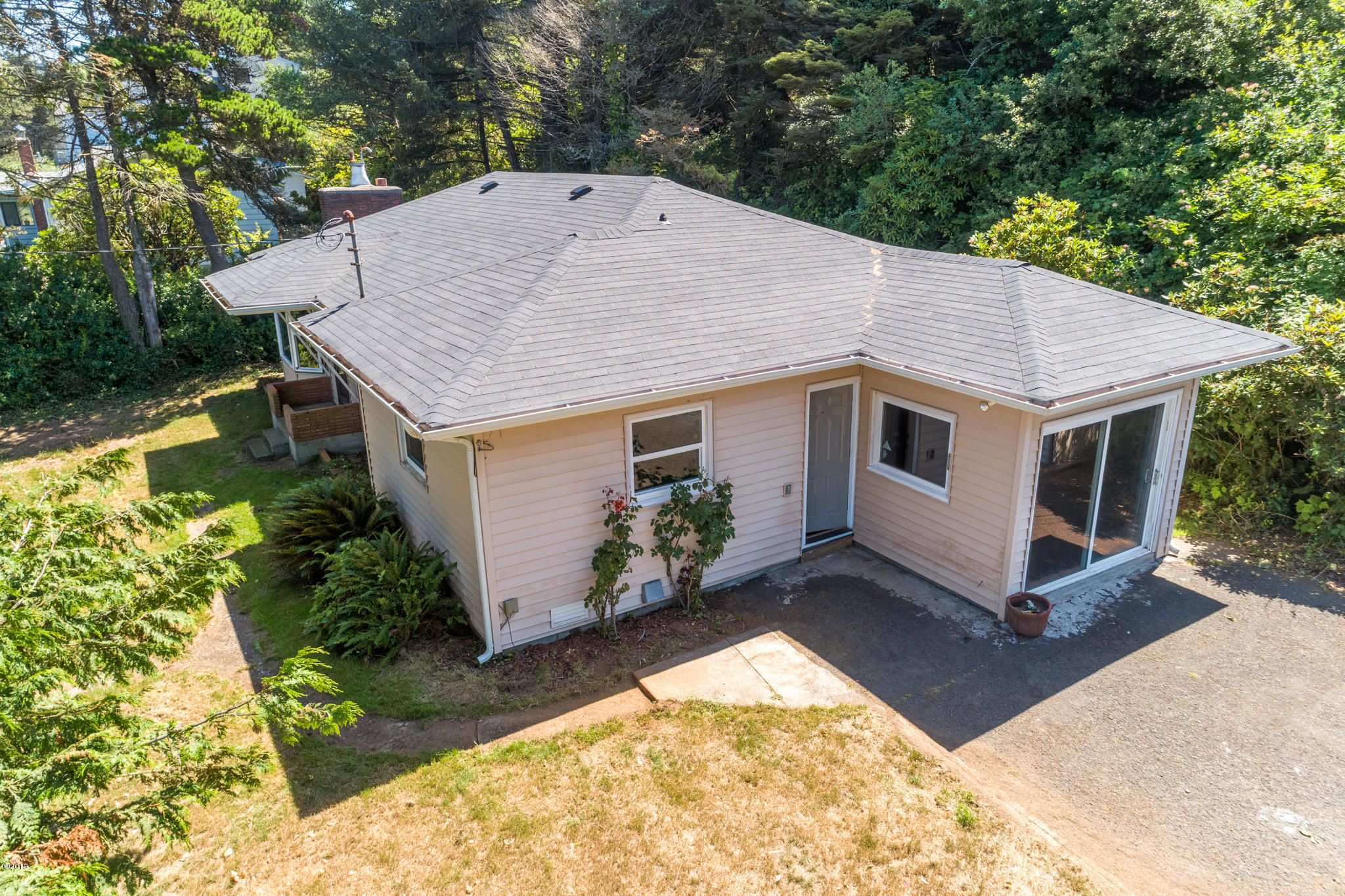 259 NW 55th St, Newport, OR 97365