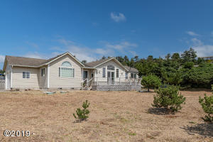 2405 NW Convoy Way, Waldport, OR 97394-9467 - side view