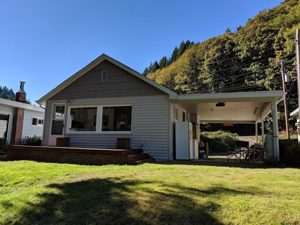 366 E Little Albany Loop, Tidewater, OR 97390