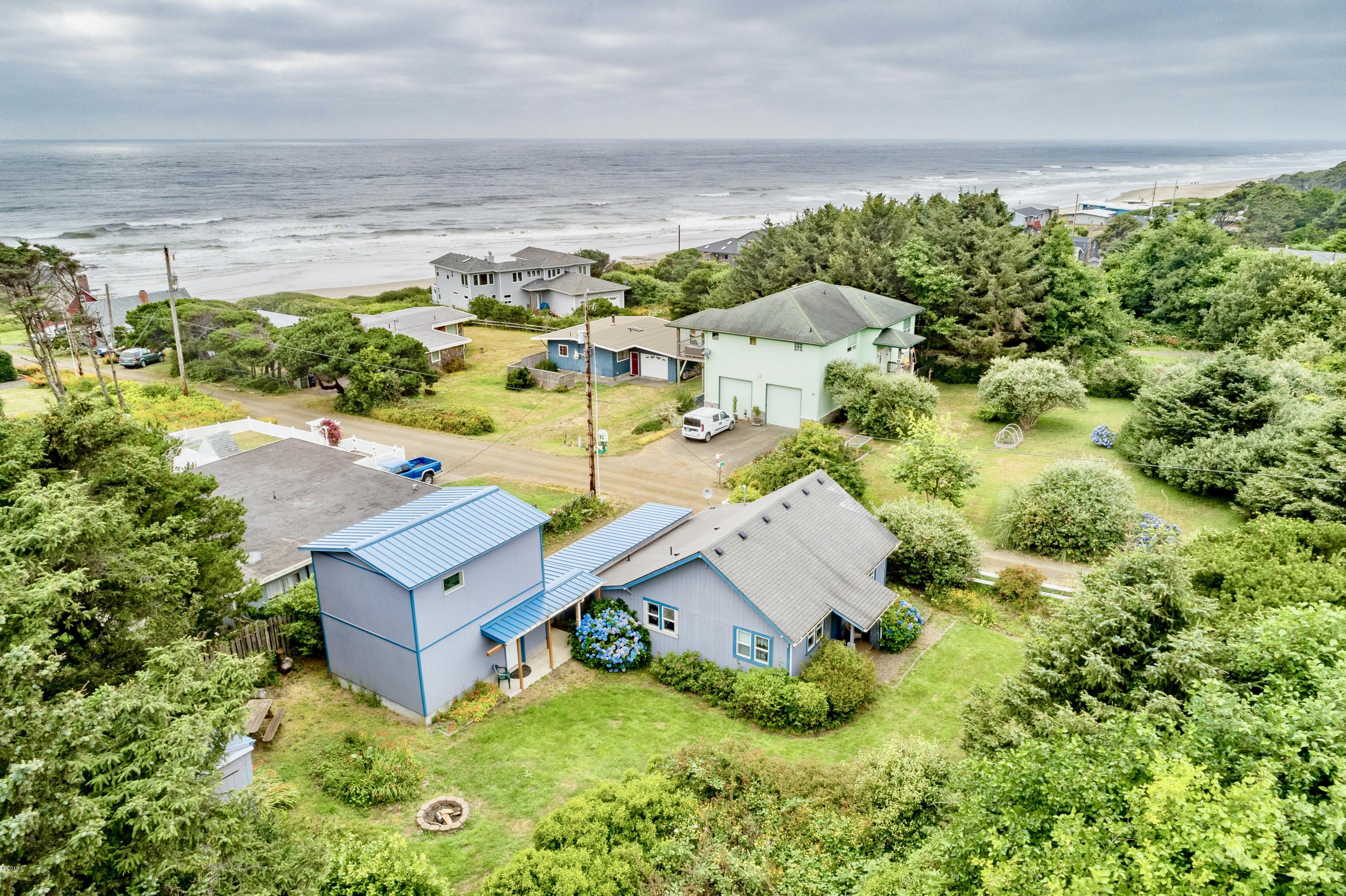 54 NW Salmon St, Yachats, OR 97498 - Aerial View 1