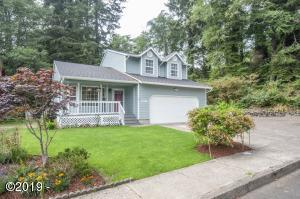 2095 NE Tide Ave, Lincoln City, OR 97367 - Front of Home