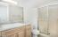 2095 NE Tide Ave, Lincoln City, OR 97367 - Master Bath (1280x850)