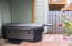 96 NW 33rd Pl, D, Newport, OR 97365 - Hot tub/patio