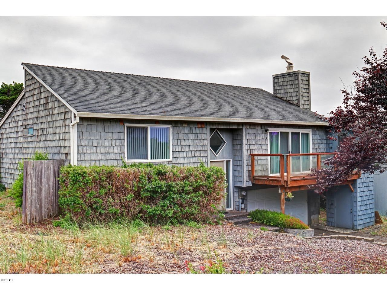 2001 NW Sandpiper Drive, Waldport, OR 97394 - 24-Front of Home