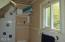 1303 N Nye St, Toledo, OR 97391 - Bathroom