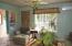 1303 N Nye St, Toledo, OR 97391 - Living Room