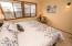 5645 El Circulo Ave, Gleneden Beach, OR 97388 - Guest Bedroom