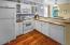 93 Oceanview St, Depoe Bay, OR 97341 - Kitchen