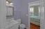 93 Oceanview St, Depoe Bay, OR 97341 - Continental Bathroom