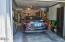 2840 NE Iler St, Newport, OR 97365 - Garage