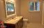 2840 NE Iler St, Newport, OR 97365 - Upstairs Bath