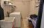 2840 NE Iler St, Newport, OR 97365 - Laundry Room