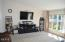 712 W Buford Ave, Siletz, OR 97380 - Living Room