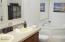 712 W Buford Ave, Siletz, OR 97380 - Master Bath
