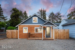1324 SW 62nd St, Lincoln City, OR 97367-1103 - 1324SW62nd-01