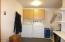 7470 S Coast Hwy, South Beach, OR 97366 - Utility/mud room