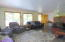 7470 S Coast Hwy, South Beach, OR 97366 - Living Room