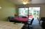 7470 S Coast Hwy, South Beach, OR 97366 - Dining & Sunroom