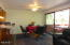 7470 S Coast Hwy, South Beach, OR 97366 - Dining Area
