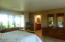 17 Ocean Crest Rd, Lincoln City, OR 97367 - Master Bedroom
