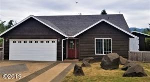 1339 SE Blue Spruce Ln, Waldport, OR 97394 - Front of Property