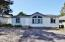 725 SE Jetty Ave, Lincoln City, OR 97367 - Front parking