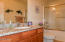 1120 NW Spring St, J, Newport, OR 97365 - Master Bathroom
