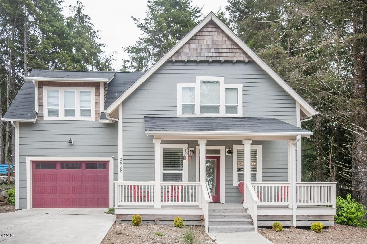 2492 SW Dune Ave, Lincoln City, OR 97367