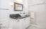 330 El Pino Ave, Lincoln City, OR 97367 - Master Bath - granite and tile