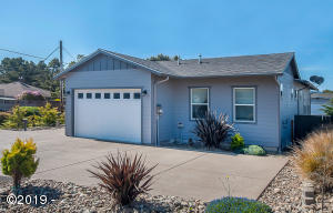 330 El Pino Ave, Lincoln City, OR 97367 - Exterior - Low Maintenance