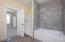 2142 SW Coast Ave, Lincoln City, OR 97367 - Main floor master bath