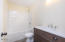 2142 SW Coast Ave, Lincoln City, OR 97367 - 2nd floor main bath