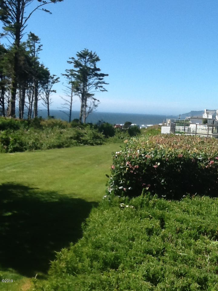 6225 N. Coast Hwy Lot 34, Newport, OR 97365 - view from the sitting area