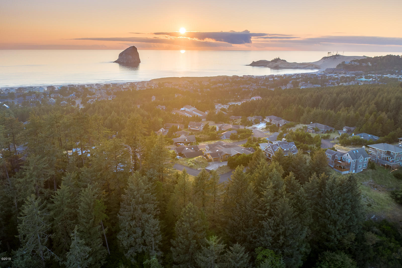 VL 90 Riptide Dr., Pacific City, OR 97135 - Drone shot