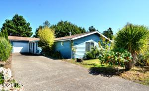 1425 SW Forest Parkway, Waldport, OR 97394 - Front Of Home