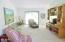 5 Woodthrush Lane, Gleneden Beach, OR 97388 - Living Room
